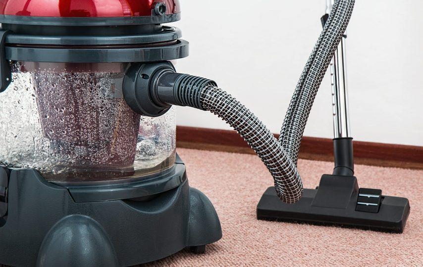 Pranie dywanów - coś czego nie unikniesz przy małych dzieciach